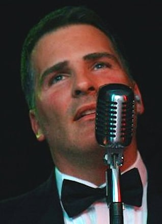 Chris Mariani - Sunset Playhouse Vocalist