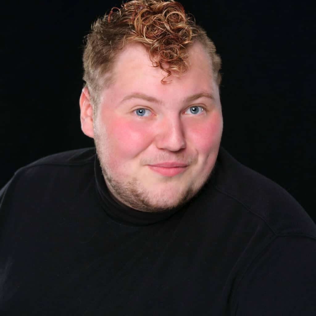 Zachary-Dean-Sunset-Playhouse